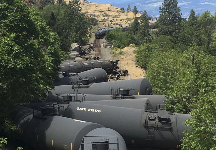 Jaime presses feds to study safer ways to transport oil through gorge